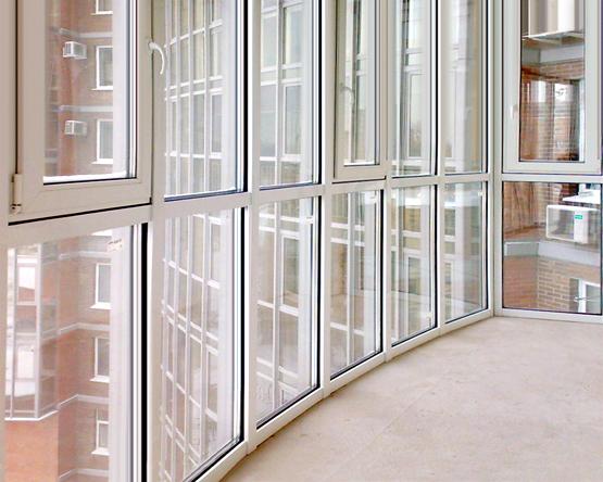 Пластиковые окна от пола до потолка